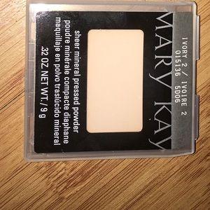 Mary Kay Sheer Mineral Pressed Powder